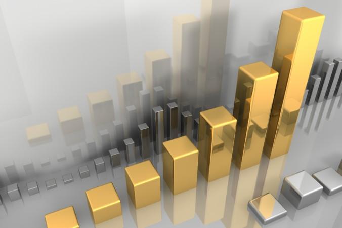 Zu den natürlichen Ressourcen die an der Börse gehalndelt werden, zählt unter Anderem die Sparte der Edelmetalle. Hier insbesondere Gold und Silber, selten aber auch Platin und Palladium. (#4)