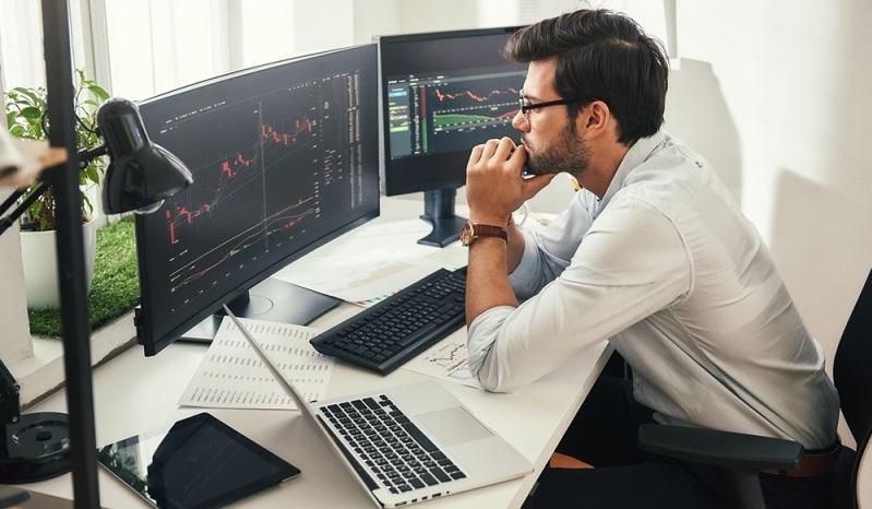 Kaufempfehlungen von Aktien: Sicherheiten gibt es keine. ( Foto: Shutterstock-Friends Stock )
